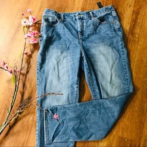 Chico's size 1 so slimming boyfriend ankle jeans 8